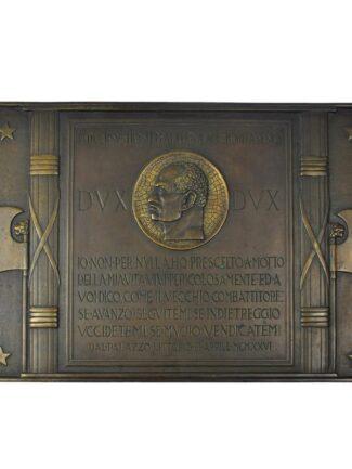 Fronte Targa di bronzo Benito Mussolini