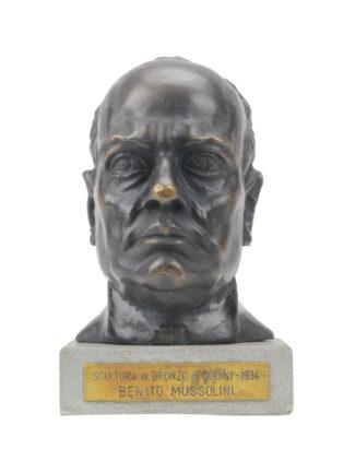 Testa in bronzo di Benito Mussolini